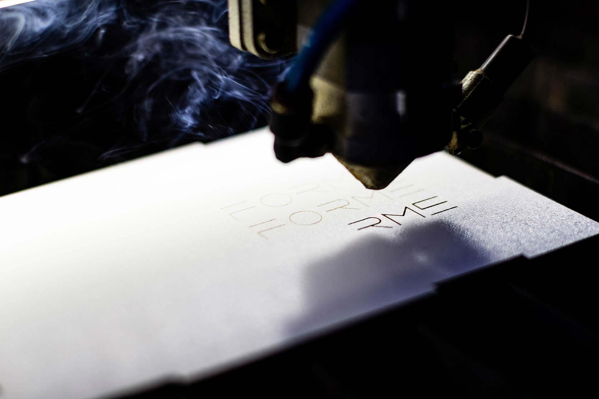 Gravare laser logo FORME