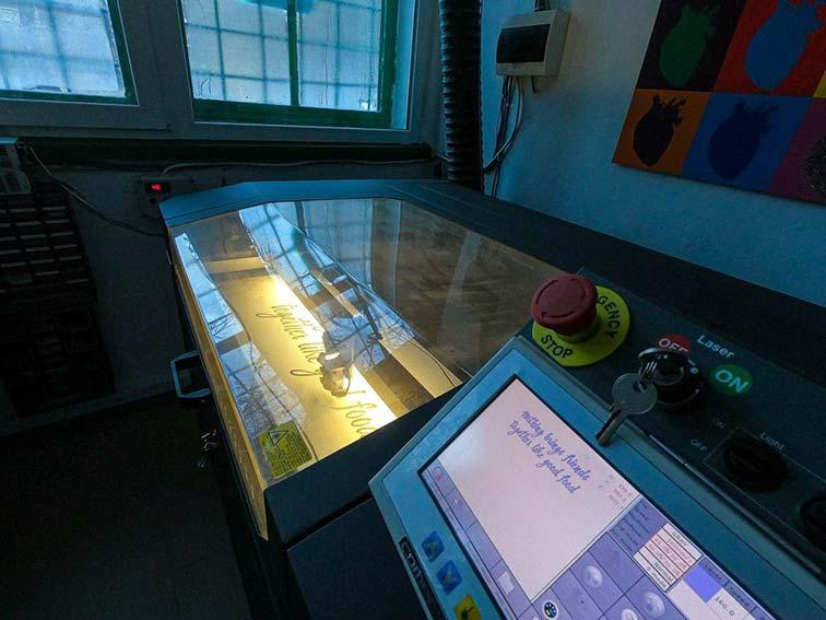 laser taiere si gravare masa lucru 100 cu 70 cm