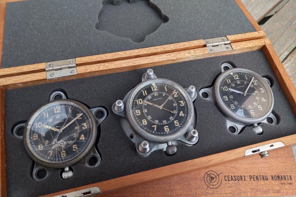 Ceasuri Longines pentru aeronava în casetă de lemn