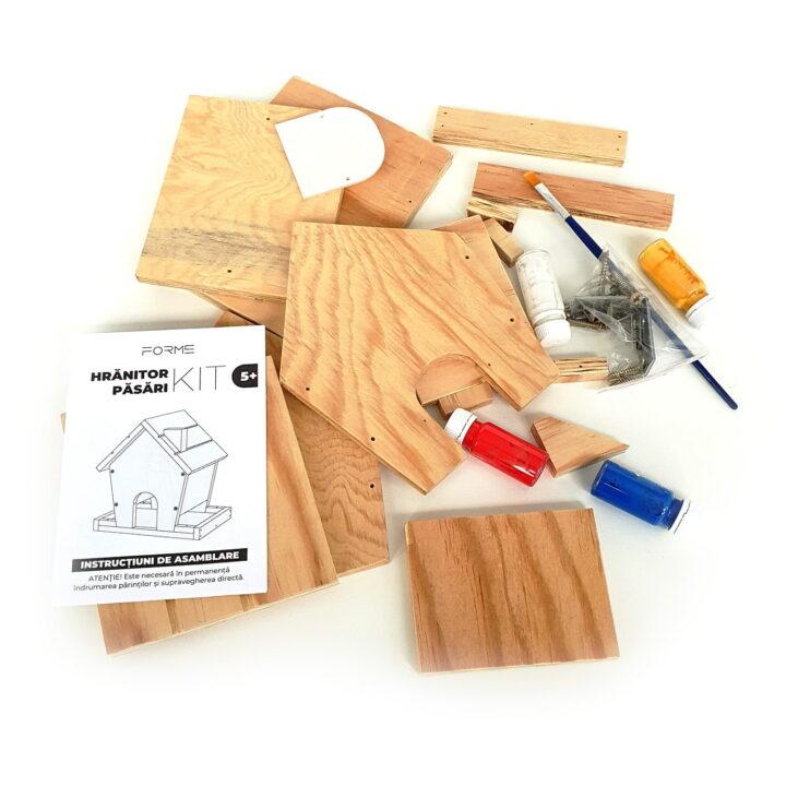 Piese din lemn pentru construit și decorat
